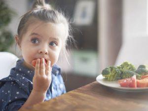 Las verduras congeladas no deben faltar en los comedores escolares