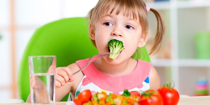 Las verduras previenen los brotes de esclerosis múltiple en niños que padecen la enfermedad